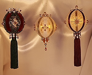 After Christmas Ornaments Specials Burgundy