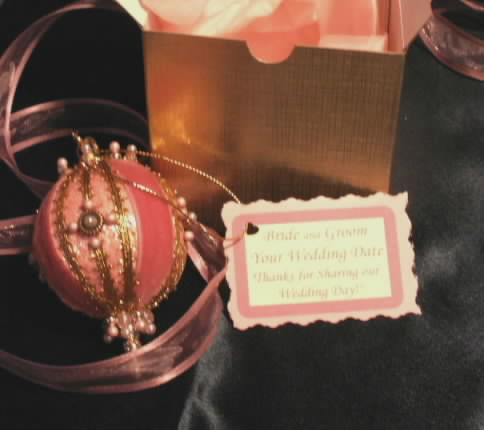 Wedding Favors Christmas Brides Gift Boxed Victorian Ornaments